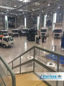003-Mercedes-Benz-Vans-Trucks-Open-Weekend