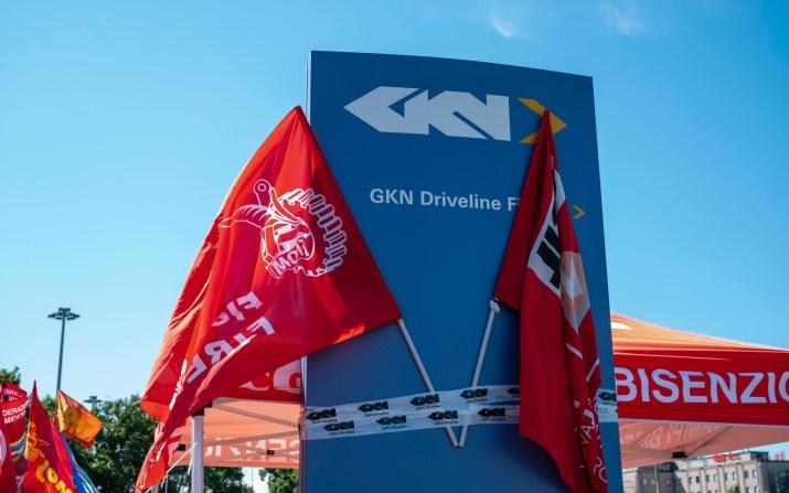 Que cachent les licenciements de Gkn en Toscane ?