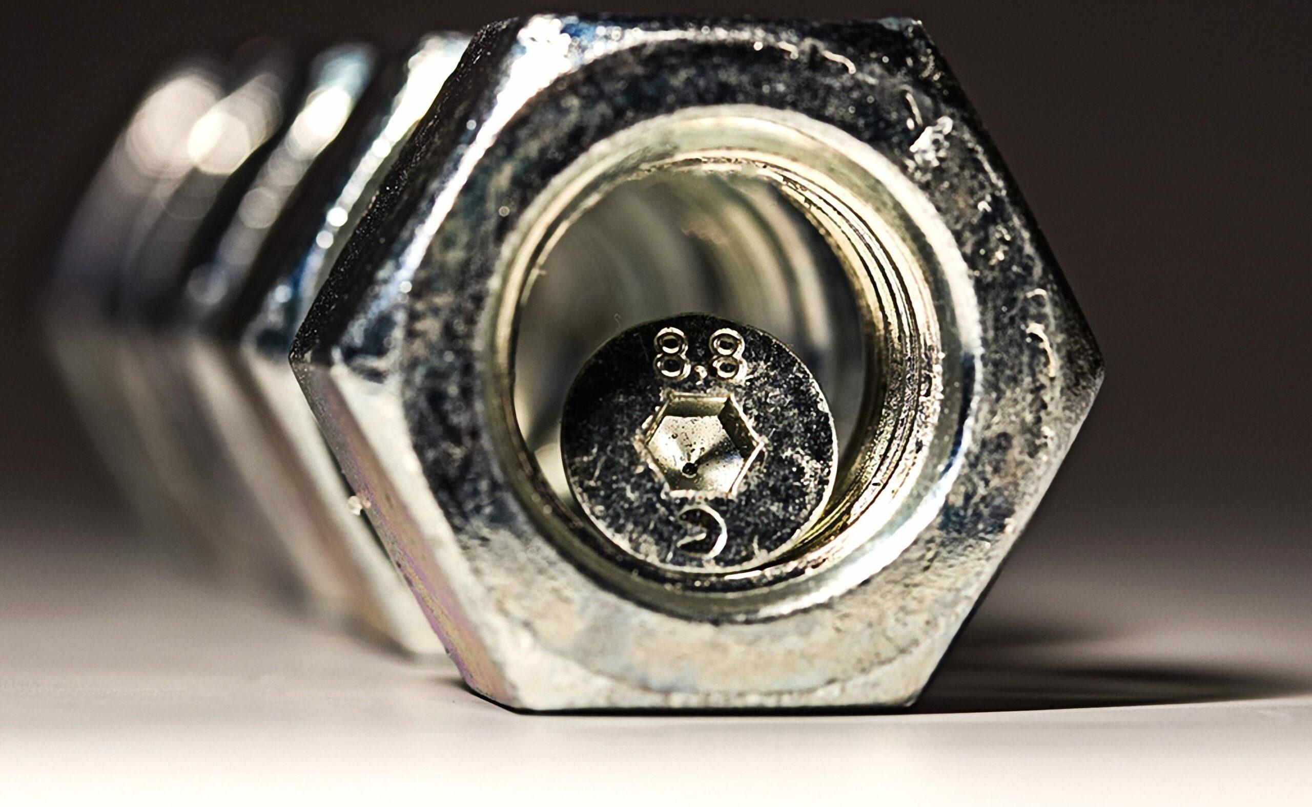 安賽樂米塔爾,蒂森克虜伯等:清理鋼鐵業的競賽