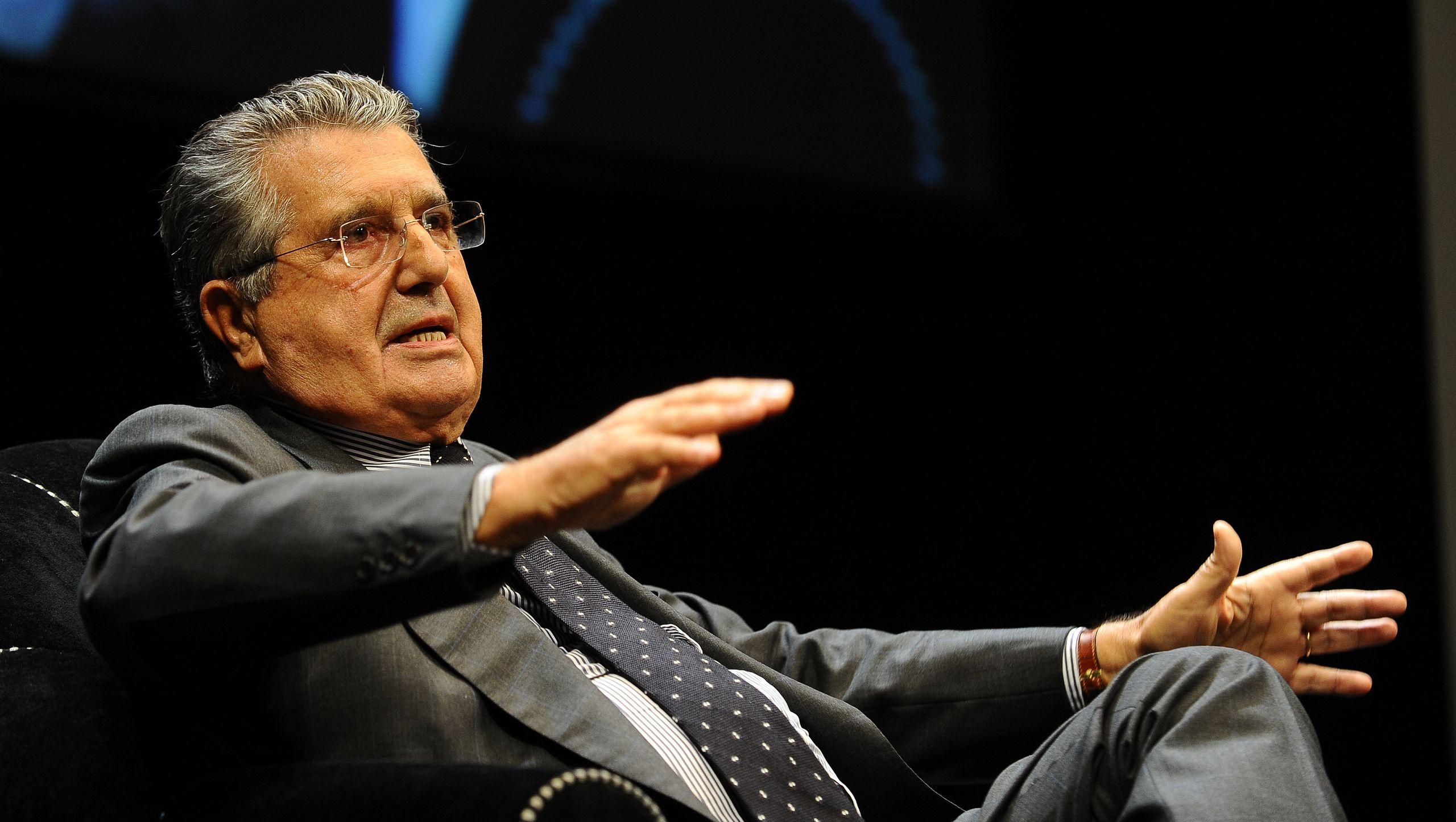Feltri的明天,De Benedetti想要在報紙上贊達的民主抽搐