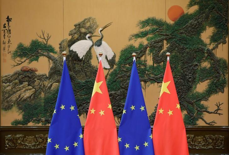 Почему ЕС неохотно наносит удар по Китаю?