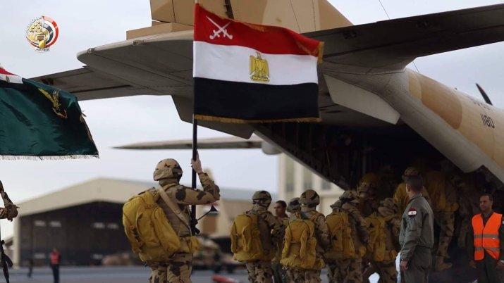 Comme en Égypte, la puissance militaire est renforcée
