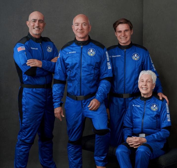 貝索斯太空的第一次旅遊飛行是如何進行的