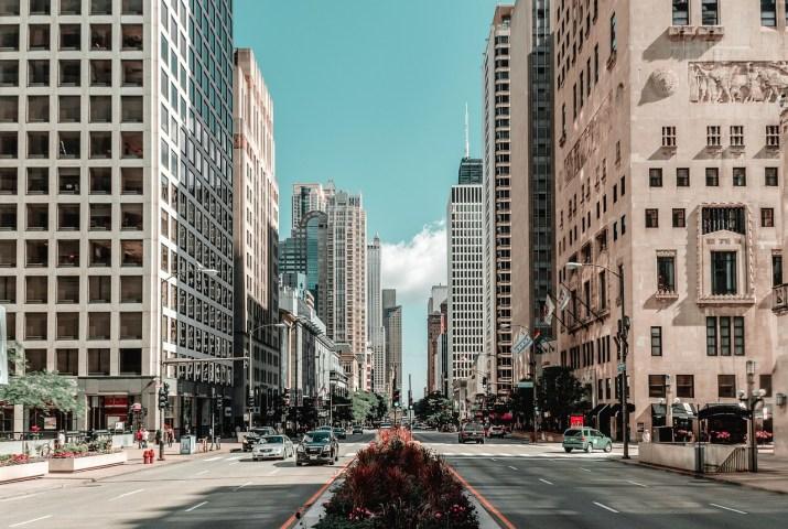 Comment redessiner nos villes pour les rendre résistantes à la chaleur. Rapport Ft