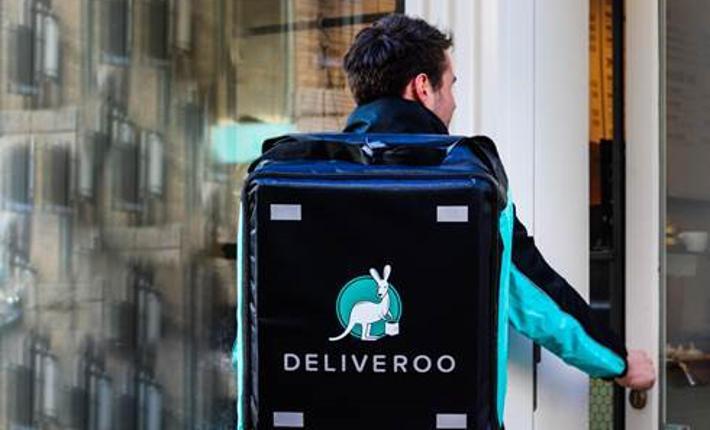 Επειδή η κυβέρνηση δεν αφομοιώνει τα Deliveroo, Glovo, Just Eat και Uber Eats