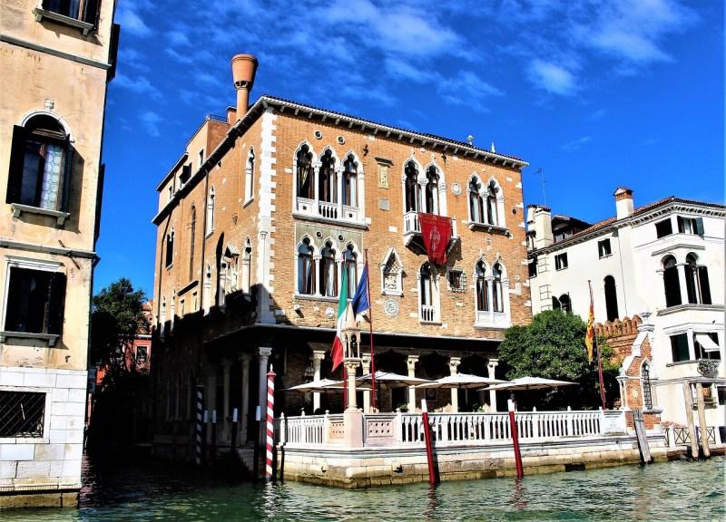 Cassa заставит исторические отели зарабатывать деньги