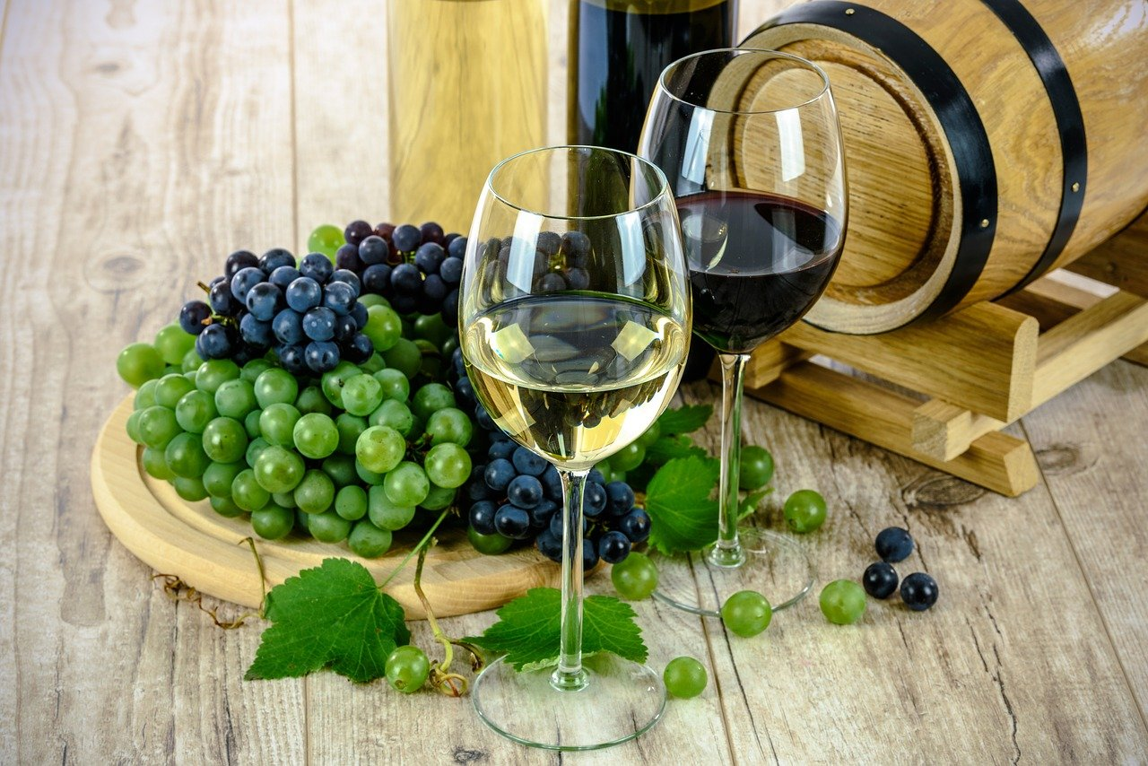 中國及其他地區,這是意大利葡萄酒出口將受到衝擊的地方。賽斯報告