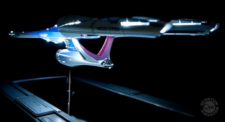 2a80073014be6b5ca476218b60697541 QMx Unveils 2009 Star Trek Movie Enterprise Replica