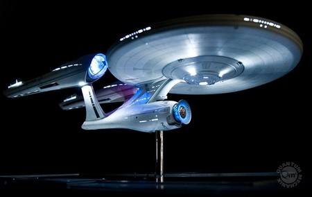 5044ebaafa93f1af0f4f284c49c9acb7 QMx Unveils 2009 Star Trek Movie Enterprise Replica