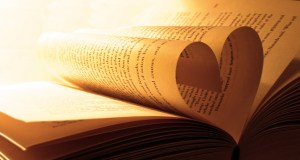 book heart 300x160 Dayton Ward on Ninetoes Love Books