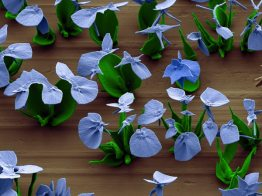 scientists-make-nano-flowers-blue_67525_600x450