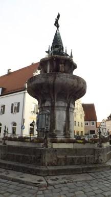 Kriegerbrunnen (Fuente de los Guerreros)