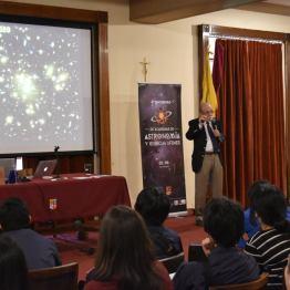 Imágenes del 4to encuentro 2015. Créditos: https://www.facebook.com/fundacionastromania/