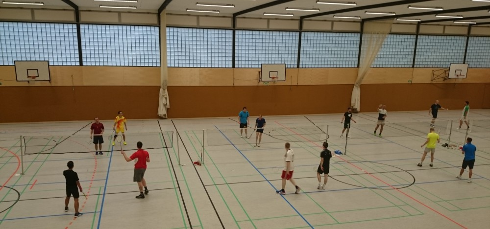 Fotos - Halle Luisenweg gesperrt - Veranstaltungsorte - Dritte Freizeitliga-Mannschaft Heimspiel