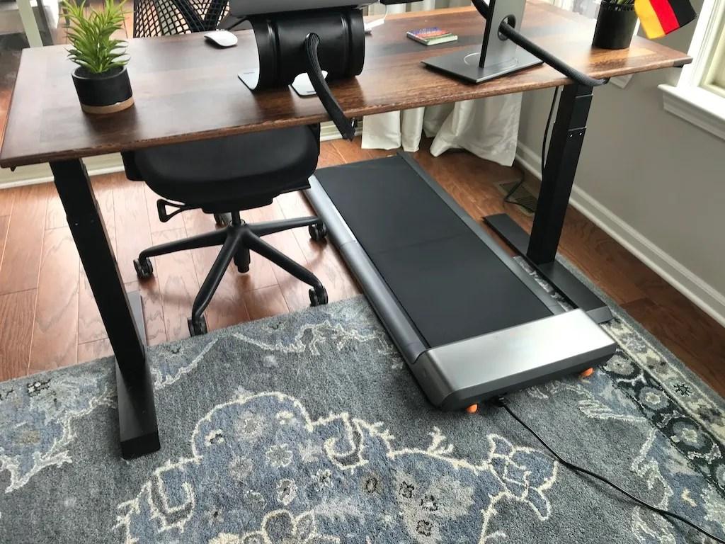 WalkingPad A1 Placed under a Standing Desk