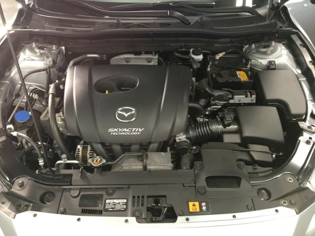 automobiles-new-2018-mazda-mazda3-1592375-engine-compartment-photo-Image