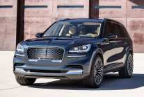 lincoln_aviator_60_01dc0392077c0512