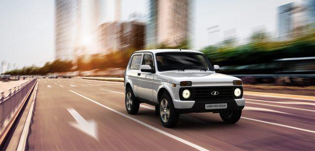 Oficiálne z Ruska: Ďalšie 3 roky a na cestách bude nová Lada Niva
