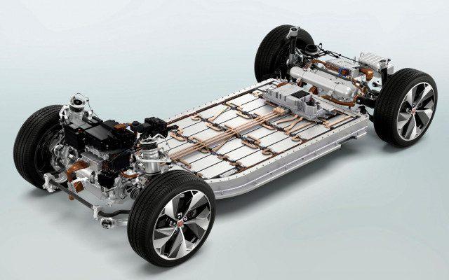 Budú elektrické autá v roku 2030 lacnejšie ako benzínové?