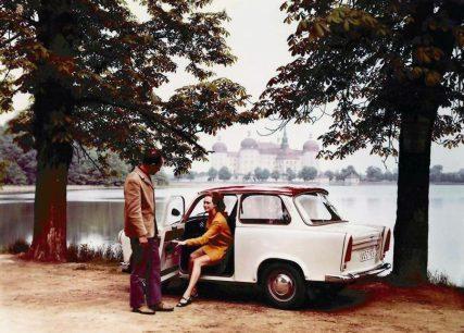 Komunistické automobilky: Čo sa s nimi stalo po roku 1989?
