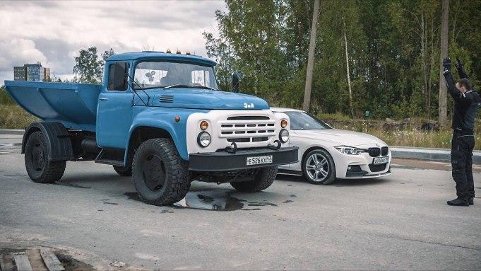 ZIL s motorom BMW X5 M