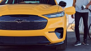 Ford Mustang Mach-E Performance Edition-2