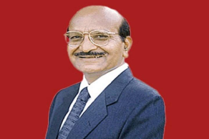 Richest men in hindi