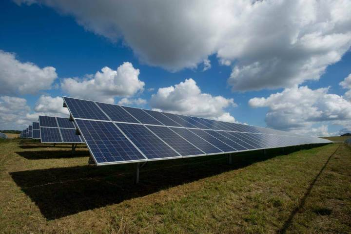 solar panel business in india