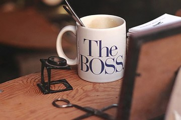 8 Simple Ways To Become A Good Boss And A True Leader,startup stories,startup stories india,2017 Most Read Startup stories,Inspirational Stories,Tips for Good Boss to True Leader,Awesome Tips for Good Boss And True Leader,how to Good Boss to True Leader