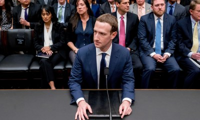 Facebook Embroiled In Yet Another Controversy,Startup Stories,2018 Technology News,Startup News India,Facebook CEO Mark Zuckerberg,Cambridge Analytica data leaks issue,Facebook Controversy,Facebook Data Leak Controversy,Facebook Embroiled Controversy