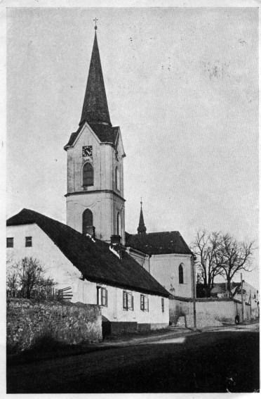 Kostel, pohled od západu