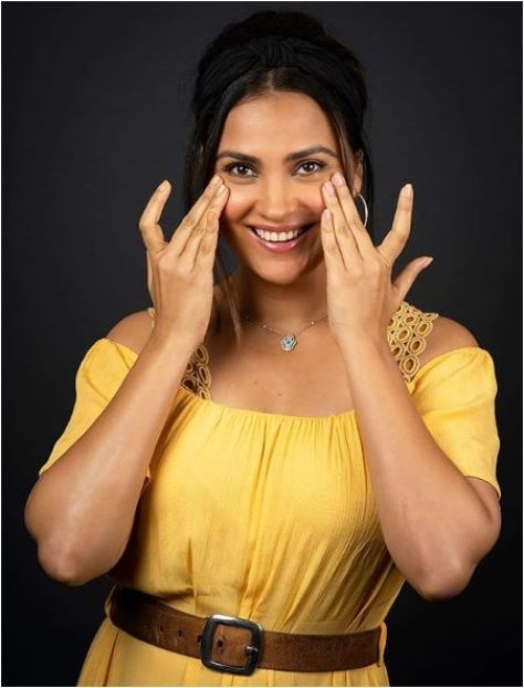 Lara Dutta Biography, Age, Height, Weight, Family, Secrets, Affairs, Images