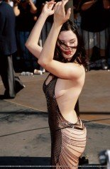 Rose McGowan Has Partial Elbowectomy - StarzLife