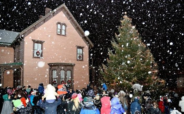 Christmas in Richmond Town & Traditional Tree Lighting