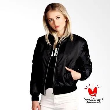 Fashion Jaket Bomber Wanita - Hitam