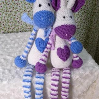 Hearty Giraffe amigurumi pattern | Amigurumi patrones gratis ... | 324x324