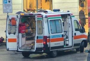 Ambulanza, immagine d'archivio (il punto a mezzogiorno.it)