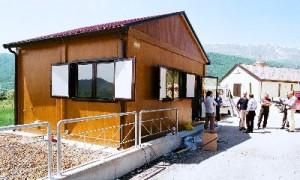 Container nella cittadina abruzzese (immagine d'archivio)
