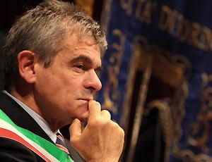 Il presidente dell'Anci, S. Chiamparino (fonte image: La Stampa)
