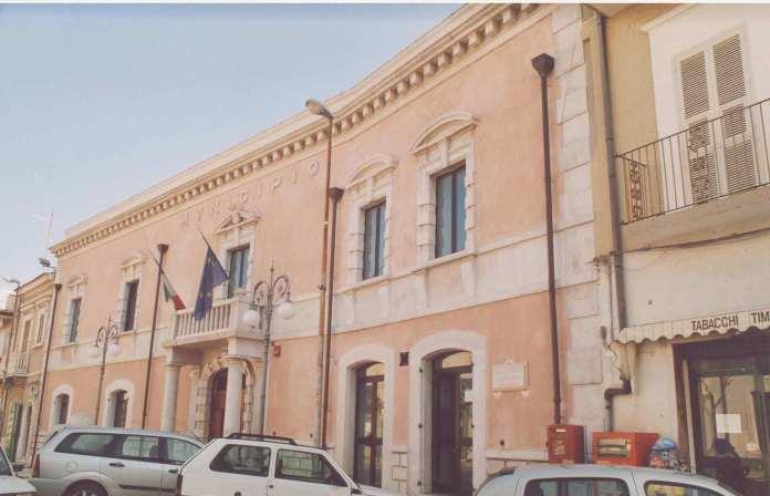 Esterno Municipio Apricena (st)