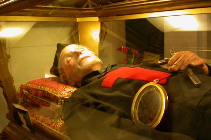 Il simulacro di San Camillo de Lellis a Bucchianico (Ph: Piergiorgio Greco@)