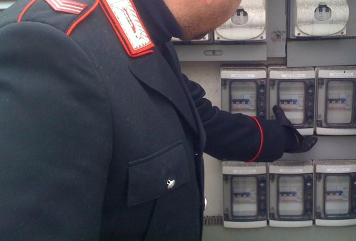 Furti energia elettrica, controlli carabinieri (archivio - IMMAGINE NON RIFERITA AL TESTO)
