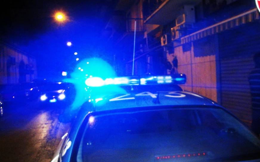 Manfredonia, cercano di sfondare porte per entrare in abitazione: poi la fuga - StatoQuotidiano.it