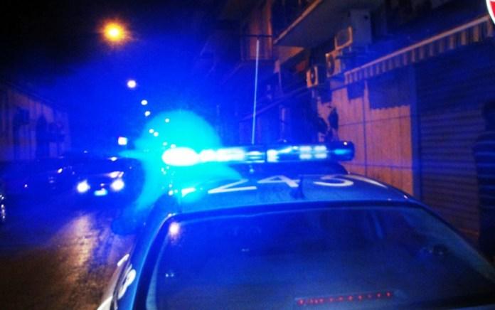 Controlli polizia (IMMAGINE D'ARCHIVIO - NON RIFERITA AL TESTO)
