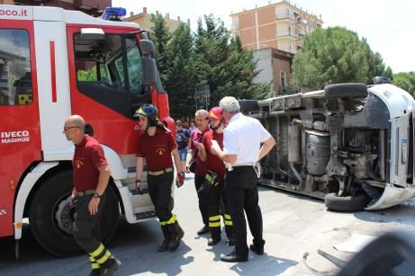 Incidente spettacolare8-08062015-FOGGIA (1)