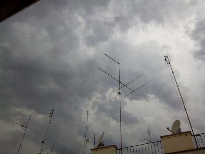 Pioggia a Manfredonia (SQ - immagine d'archivio, ph Claudio Castriotta)
