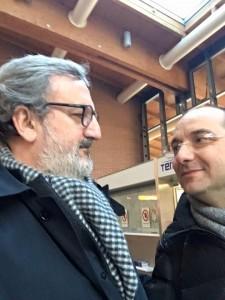 Il Presidente della Regione Puglia Emiliano e il sindaco di Manfredonia Riccardi fuori il tribunale di Treviso (Gennaio 2016) - facebook
