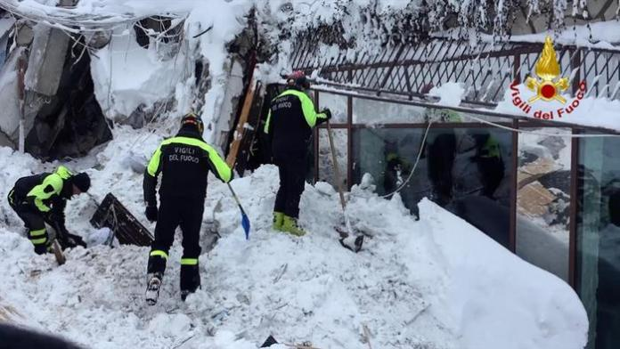 An HO picture provided by Vigili del Fuoco (Fire fighters Department) shows shows rescue operations at hotel Rigopiano after it was hit by an avalanche in Farindola (Pescara), Abruzzo region, late 19 January 2017. ANSA/VIGILI DEL FUOCO -EDITORIAL USE ONLY