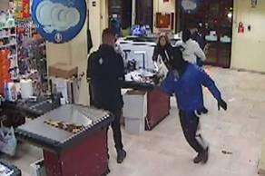 arresti per rapina PS foggia (2)