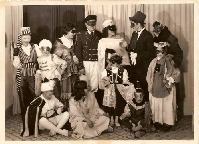 Gruppo familiare anni 50